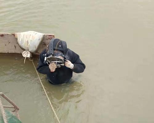 水下打捞作业