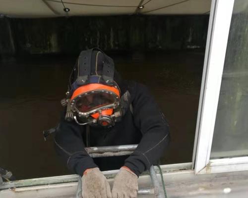 水下作业施工